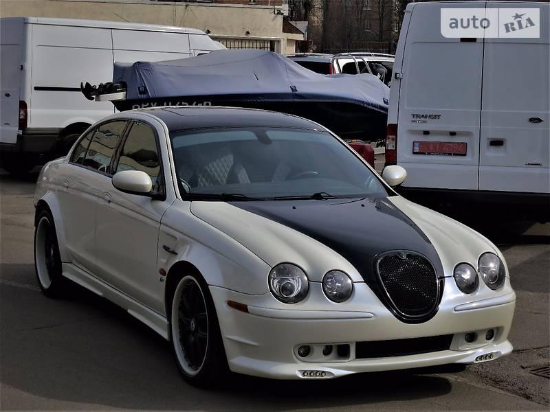 Jaguar S-Type 2004 года
