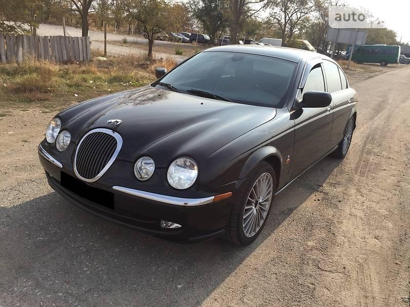 Jaguar S-Type 2001 року