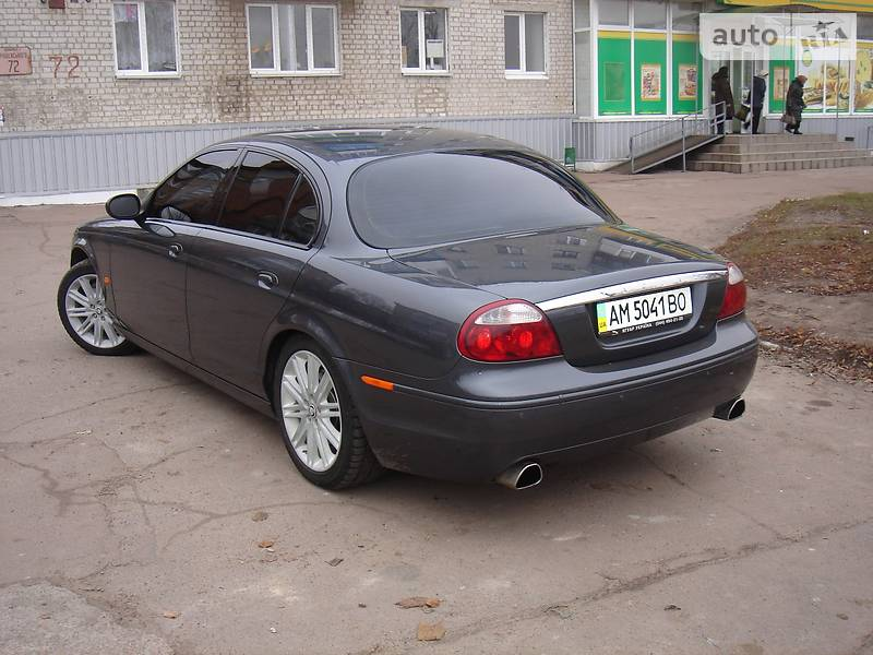 Jaguar S-Type 2007 года