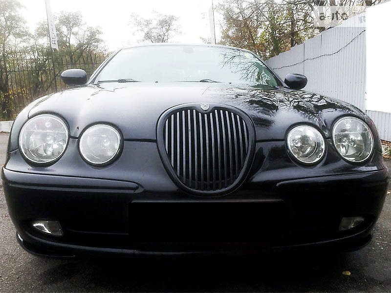Jaguar S-Type 2002 года