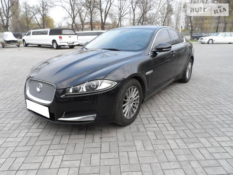 Jaguar XF 2012 года