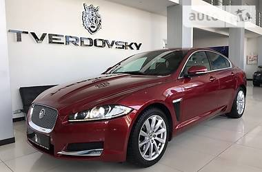 Jaguar XF Red on Red 2013
