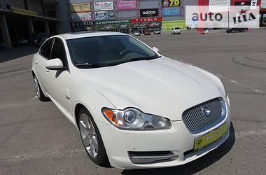 Jaguar XF  2010