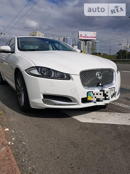Jaguar XF 2013 года