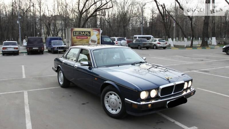 Jaguar XJ6 1993 року