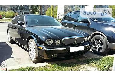 Jaguar XJ8  2005