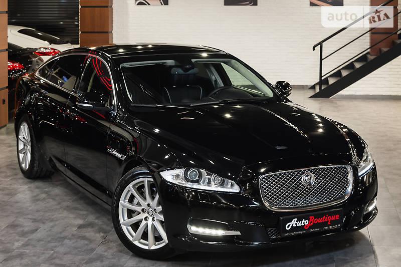Jaguar XJ 2012 року