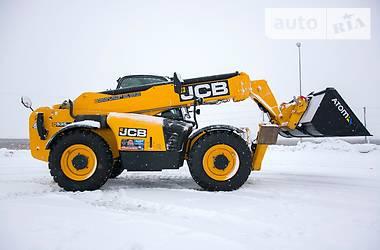 JCB 535-125 HiViz 2010