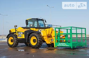 JCB 535-125 Hi Viz 2012