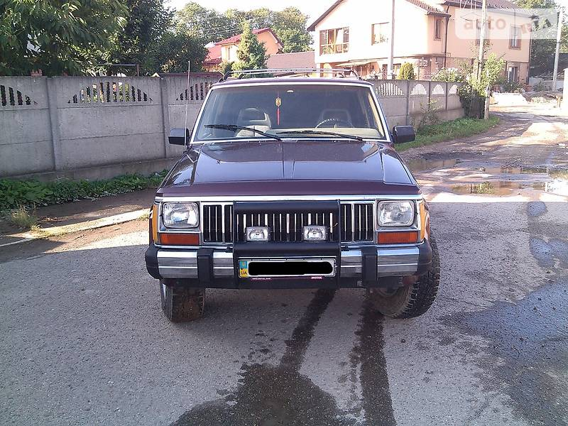 Jeep Cherokee 1992 року