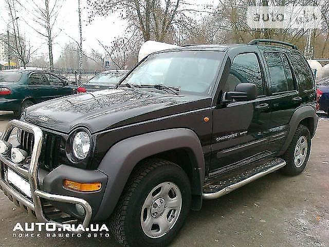 Jeep Liberty 2004 року