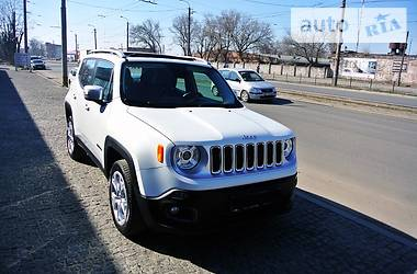 Jeep Renegade Limited + 2015