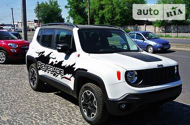 Jeep Renegade Trail Hawk  2016