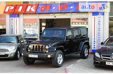 Jeep Wrangler Unlimited Sahara 2.8 2013