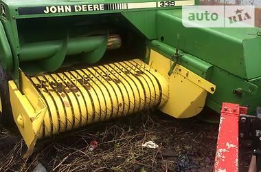 John Deere 339  2000