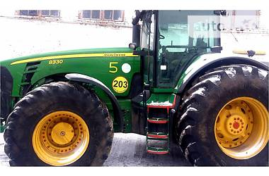 John Deere 8330  2006