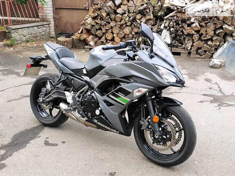 Kawasaki EX 650F