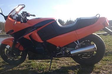 Kawasaki GPX  1998