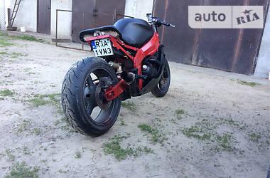 Kawasaki GPZ  2002