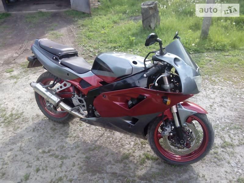 Kawasaki ZXR