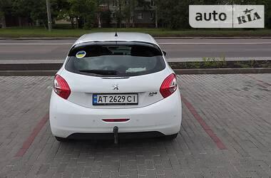 Характеристики Peugeot 208 Hatchback (5d) Хетчбек