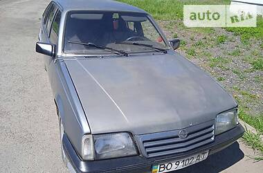 Характеристики Opel Ascona Хетчбек