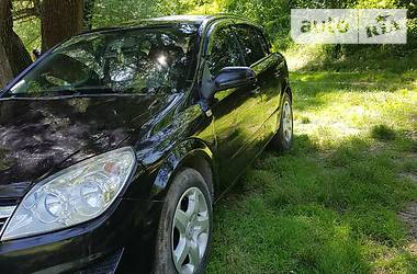 Характеристики Opel Astra H Хэтчбек