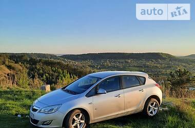 Характеристики Opel Astra J Хетчбек