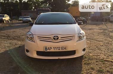Цены Toyota Auris Хэтчбек