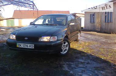 Характеристики Toyota Carina E Хэтчбек