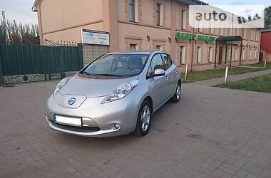 Характеристики Nissan Leaf Хетчбек