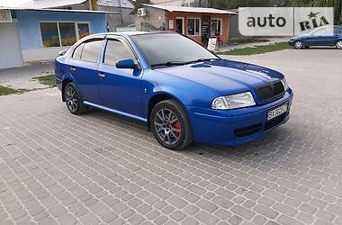 Характеристики Skoda Octavia RS Хэтчбек