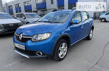 Характеристики Renault Sandero StepWay Хетчбек
