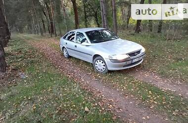Характеристики Opel Vectra B Хэтчбек