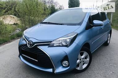 Характеристики Toyota Yaris Хэтчбек