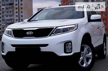 Kia Sorento 4WD.  2014