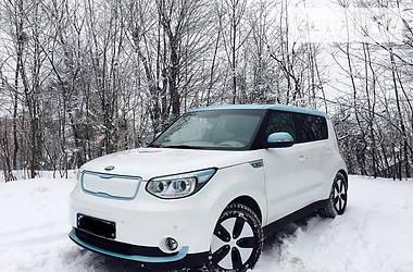 Kia Soul електроавтомобіль 2015