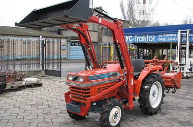 Kubota L1  1999