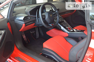 Lamborghini Huracan 2015 року