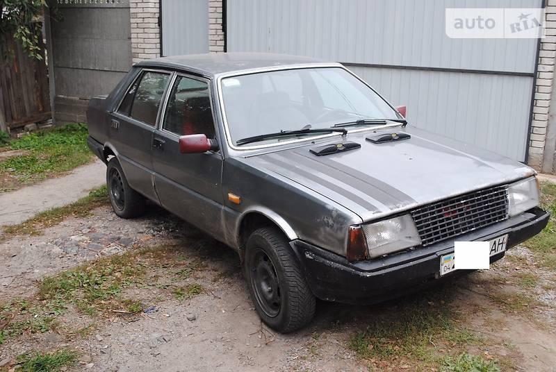 Lancia Prisma 1989 року