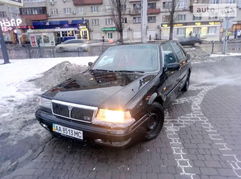 Lancia Thema 1989 года
