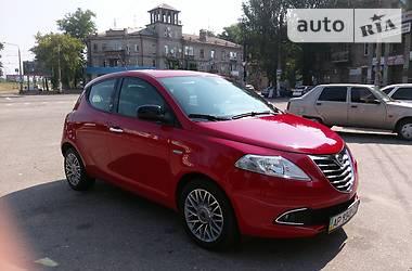 Lancia Ypsilon 1.2 2012