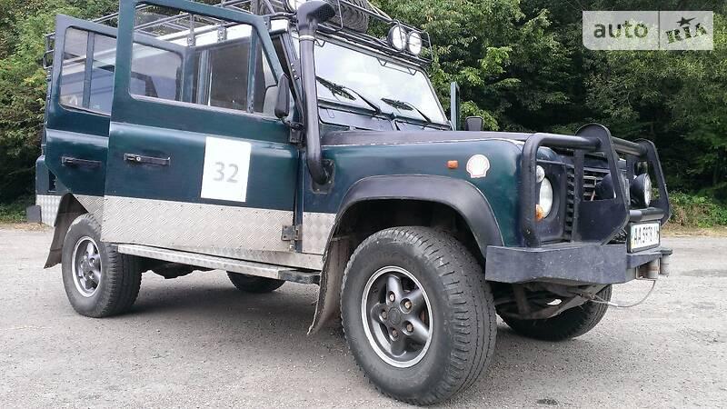 Land Rover Defender 1995 року