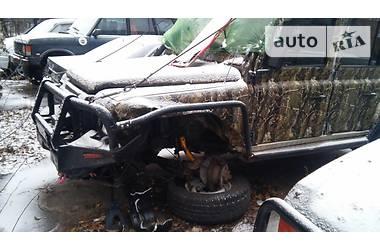 Land Rover Defender  2001