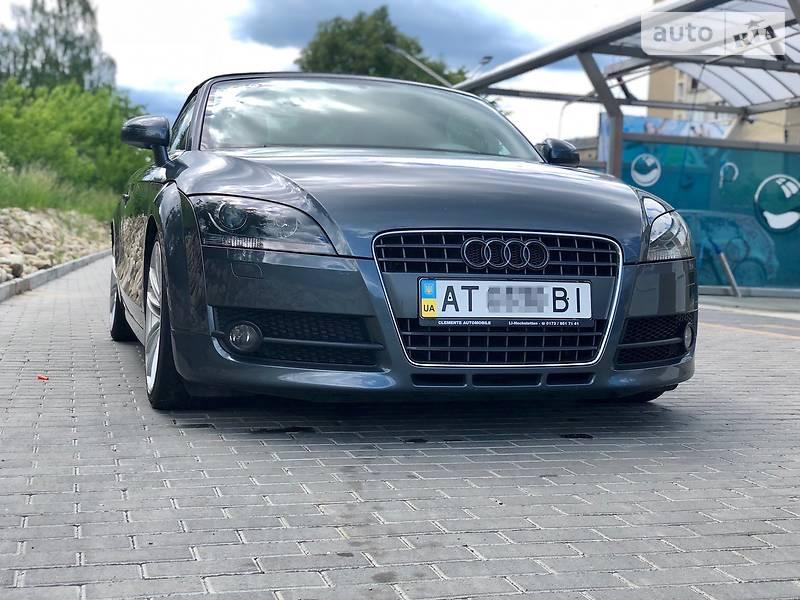 Кабріолет Audi
