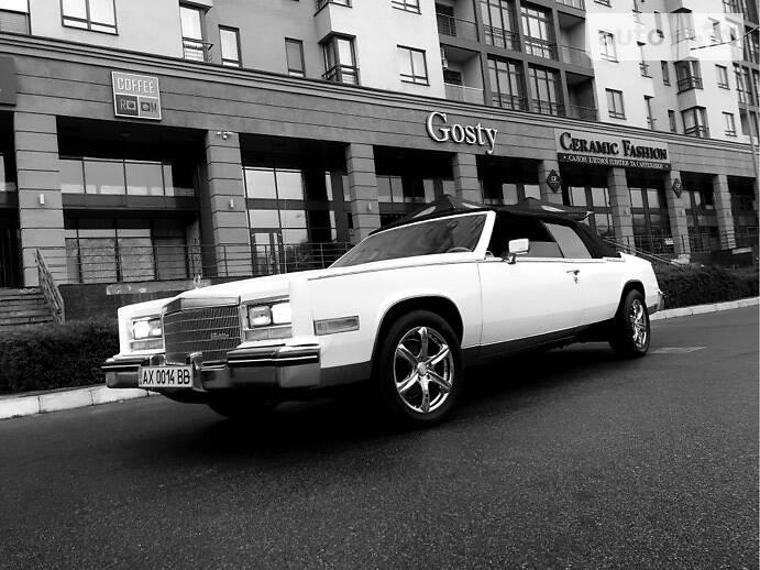 Кабріолет Cadillac