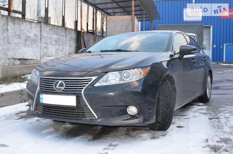 Lexus ES 250 2013 года