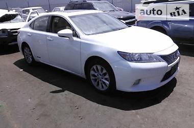 Lexus ES 300 H 2013