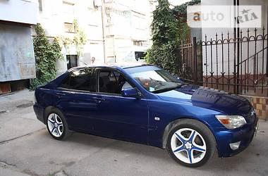 Lexus IS 200  2000