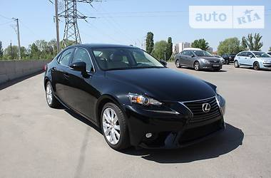 Lexus IS 200 T 2016
